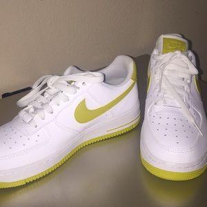 Nike AF1 low (7.5 US)